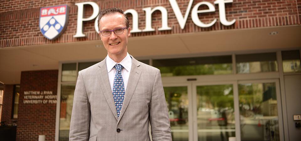 Dr. Oliver Garden Wins Canine Health Award